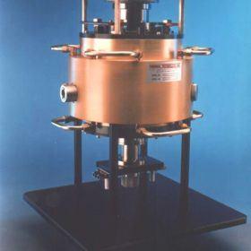 Fiber drawing furnace